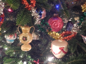 Another teapot and other precious ornaments